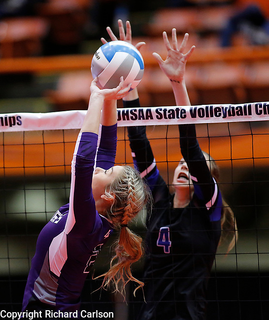 November 22, 2019; Rapid City, SD, USA; Ally Beresford #2 of Dakota Valley tips toward Brooklyn Pater #4 of Sioux Falls Christian at the 2019 South Dakota State Volleyball Championships at the Rushmore Plaza Civic Center in Rapid City, S.D. (Richard Carlson/Inertia)