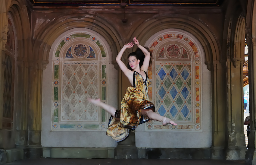 Gregory Holmgren, Photography, dance project, model, dancer Julie Justine at Belvedere Castle, Central Park, New York, New York, September 10, 2012