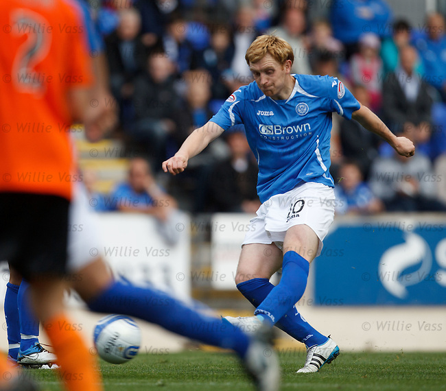 Liam Craig scores the second goal for St Johnstone as he fires in a free-kick from the edge of the box