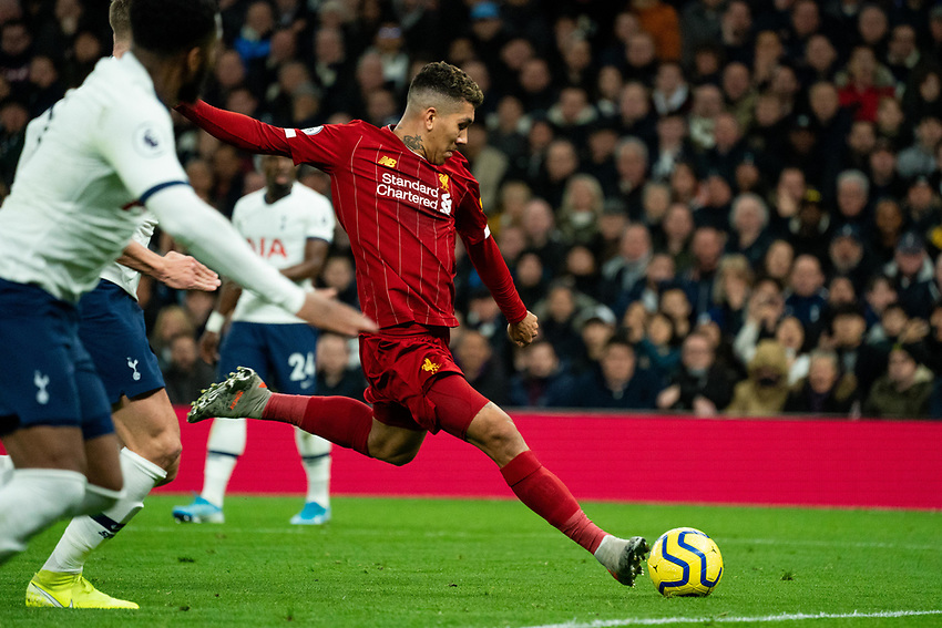 Liverpool's Roberto Firmino scores the opening goal for Liverpool<br /> <br /> Photographer Stephanie Meek/CameraSport<br /> <br /> The Premier League - Tottenham Hotspur v Liverpool - Saturday 11th January 2020 - Tottenham Hotspur Stadium - London<br /> <br /> World Copyright © 2020 CameraSport. All rights reserved. 43 Linden Ave. Countesthorpe. Leicester. England. LE8 5PG - Tel: +44 (0) 116 277 4147 - admin@camerasport.com - www.camerasport.com