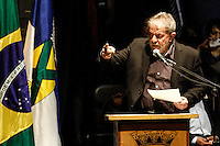 SANTO ANDRÉ,SP,30.04.2014 - LULA HOMENAGEM - O ex presidente da Republica Luiz Ignacio Lula da Silva recebeu na noite de hoje o titulo de Cidadão Andreense Teatro Municipal de Santo André.(Foto Ale Vianna/Brazil Photo Press).