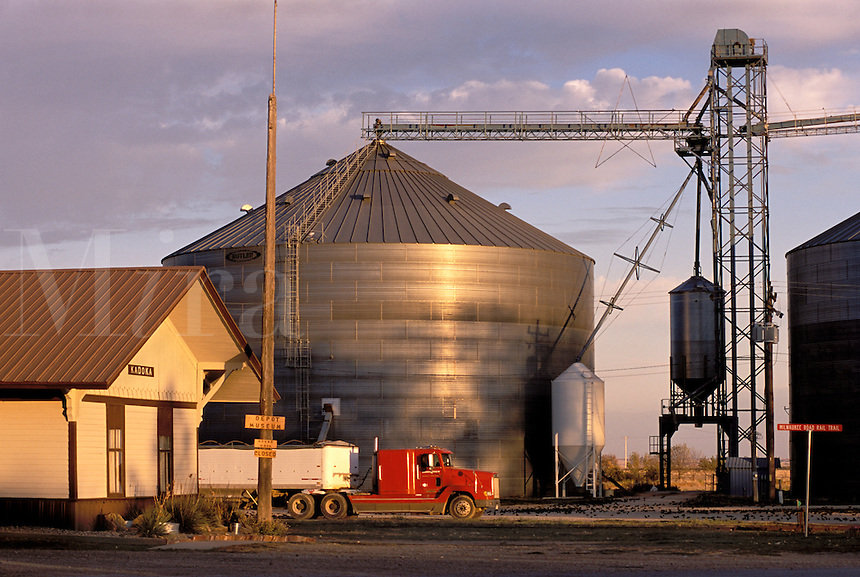Kadoka, South Dakota, Depot Museum (former RR station), grain storage silo, small town near Badlands National Park.