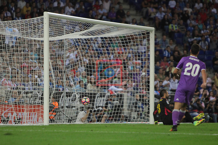 League Santander 2016/2017. Game: 4.<br /> RCD Espanyol vs R. Madrid: 0-2.<br /> 0-2: Karim Benzema.
