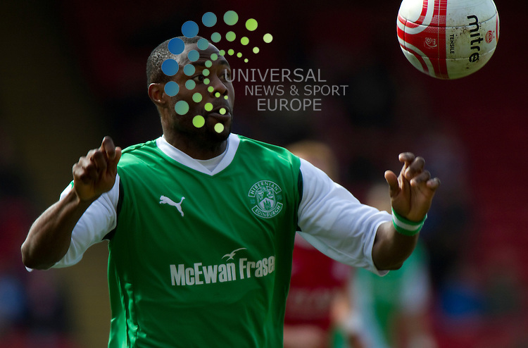 Aberdeen v Hibernian  SPL season 2010-2011 ..Akpo Sodje keeps eye on the ballduring the Clydesdale Bank Premier League match between Aberdeen and Hibernian. At Pittodrie Stadium on 9 April 2011 in Aberdeen, Scotland...Picture: Alan Rennie/Universal News and Sport (Scotland).