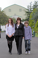 Pictured: Sonia Oatley (C) mother of tragic teen Rebecca Aylward with her young son Jack (R) and daughter Jessica (L) outside Swansea Crown Court. Friday 02 September 2011<br />