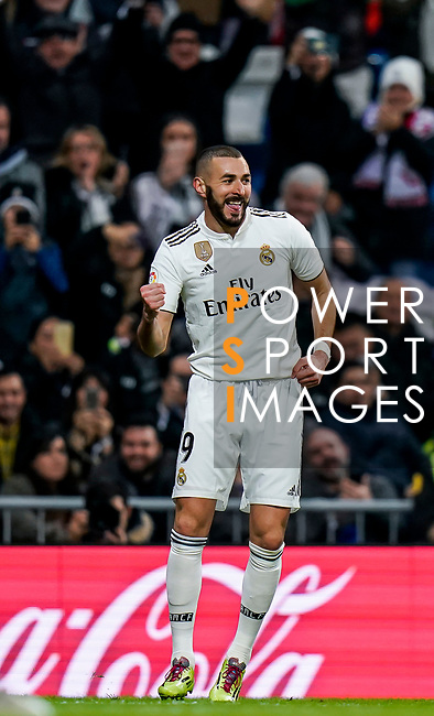 Karim Benzema of Real Madrid celebrates scoring the goal during the La Liga 2018-19 match between Real Madrid and Rayo Vallencano at Estadio Santiago Bernabeu on December 15 2018 in Madrid, Spain. Photo by Diego Souto / Power Sport Images