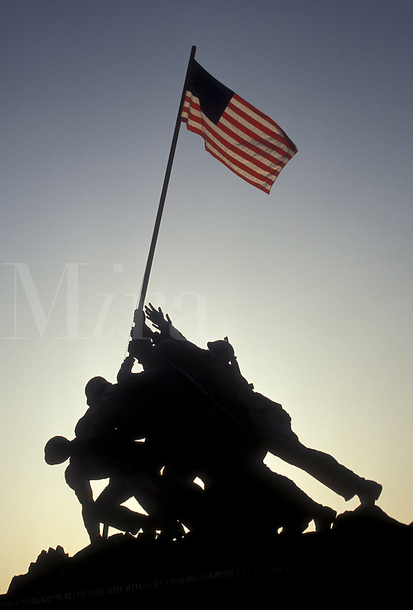 AJ3153, Iwo Jima, Marine Corps War Memorial, silhouette, Arlington National Cemetery, Arlington, Virginia, A silhouette of the raising of the U.S. flag at Iwo Jima, Marine Corps War Memorial at Arlington National Cemetery in Arlington in the state of Virginia.