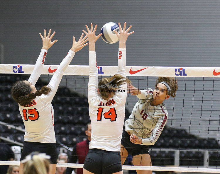 Rouse Raiders senior Dani Cole (10) attacks during a Class 5A girls high school semifinal volleyball game between Rouse High School and Aledo High School at Curtis Culwell Center in Garland, Texas, on November 17, 2017. Rouse swept Aledo (25-17, 27-25, 25-18) to advance to the finals.