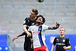 v.l. Denis Linsmayer, Jeremy Dudziak (HSV)<br />Hamburg, 28.06.2020, Fussball 2. Bundesliga, Hamburger SV - SV Sandhausen<br />Foto: VWitters/Witters/Pool//via nordphoto<br /> DFL REGULATIONS PROHIBIT ANY USE OF PHOTOGRAPHS AS IMAGE SEQUENCES AND OR QUASI VIDEO<br />EDITORIAL USE ONLY<br />NATIONAL AND INTERNATIONAL NEWS AGENCIES OUT