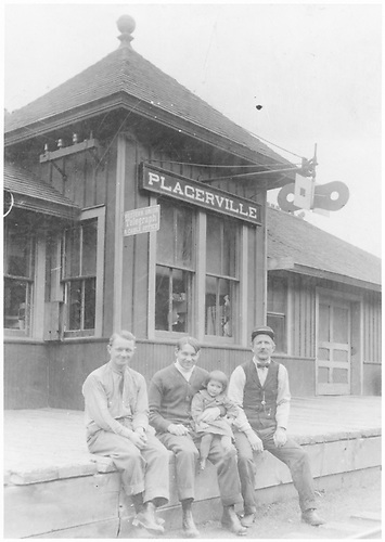 RGS Placerville station agent posing with his daughter Amanda and station help on the depot platform.<br /> RGS  Placerville, CO  Taken by Welbon, Mrs. Charles - ca. 1913