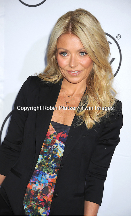 """Kelly Ripa  attends the """"Made in NY""""  Awards at Gracie Mansion on June 4, 2012 in New York City."""