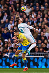 Sergio Ramos of Real Madrid (top) fights for the ball with Victor Machin Perez of UD Las Palmas (bottom) during the La Liga 2017-18 match between Real Madrid and UD Las Palmas at Estadio Santiago Bernabeu on November 05 2017 in Madrid, Spain. Photo by Diego Gonzalez / Power Sport Images