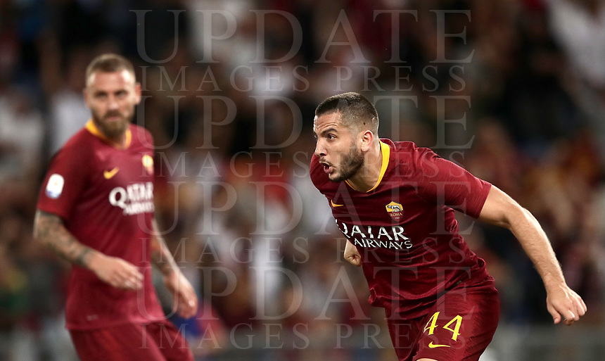 Calcio, Serie A: Roma - Atalanta, Stadio Olimpico, 27 agosto, 2018.<br /> Roma's Kostas Manolas celebrates after scoring during the Italian Serie A football match between Roma and Atalanta at Roma's Stadio Olimpico, August 27, 2018.<br /> UPDATE IMAGES PRESS/Isabella Bonotto