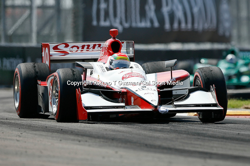 April 5, 2009: Justin Wilson in the Sonny's Bar B-Q  coming out of turn 12 during the IRL IndyCar Series Honda Grand Prix of St.Petersburg on the streets of St. Petersburg, Florida