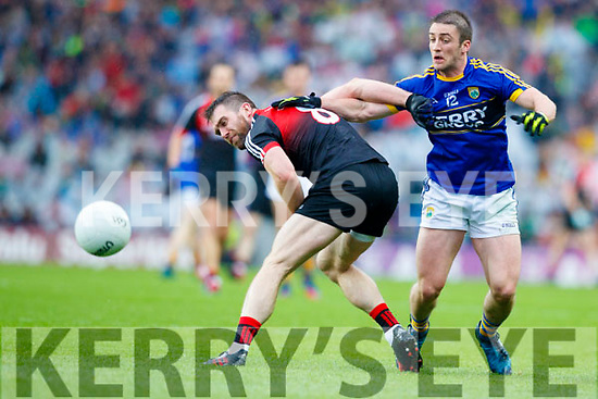 Stephen O'Brien Kerry in action against Seamus O'Shea Mayo in the All Ireland Semi Final in Croke Park on Sunday.