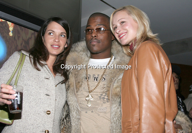 Won-G  &amp; Shelley Mack<br />The Winter LA Celebrity Charity Event to honor Sound Art and Black Sheep<br />Private Residence<br />West Hollywood, CA, USA<br />Sunday, December 05th, 2004<br />Photo By Celebrityvibe.com/Photovibe.com, <br />New York, USA, Phone 212 410 5354, <br />email: sales@celebrityvibe.com