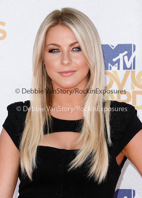 Julianne Hough at the 2010 MTV Movie Awards held at The Gibson Ampitheatre in Universal City, California on June 06,2010                                                                               © 2010 Debbie VanStory / Hollywood Press Agency