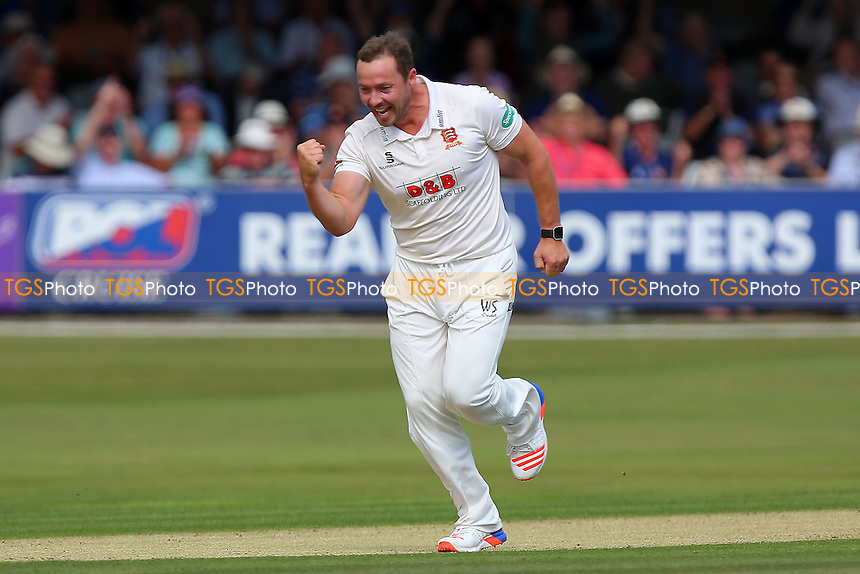 Graham Napier of Essex celebrates taking the wicket of Will Bragg during Essex CCC vs Glamorgan CCC, Specsavers County Championship Division 2 Cricket at the Essex County Ground on 12th September 2016