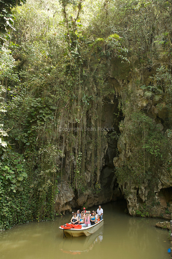 The Cueva del Indio is a cave in which you can sail of over a small underground river for about 400 meters.