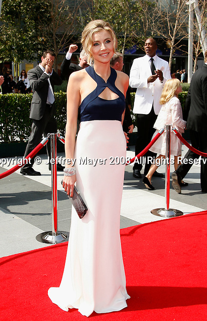 LOS ANGELES, CA. - September 13: Actress Sarah Chalke arrives at the 60th Primetime Creative Arts Emmy Awards held at Nokia Theatre on September 13, 2008 in Los Angeles, California.