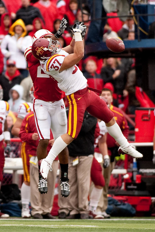 24 October 2009: Iowa State cornerback Michael O'Connell breaks up a pass to Nebraska wide receiver Niles Paul in the second half at Memorial Stadium, Lincoln, Nebraska. Iowa State defeated Nebraska 9 to 7.