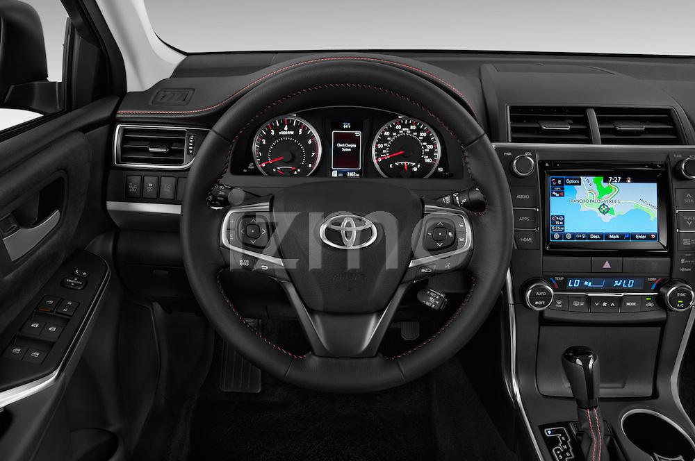 Car pictures of steering wheel view of a 2015 Toyota Camry Se 4 Door Sedan