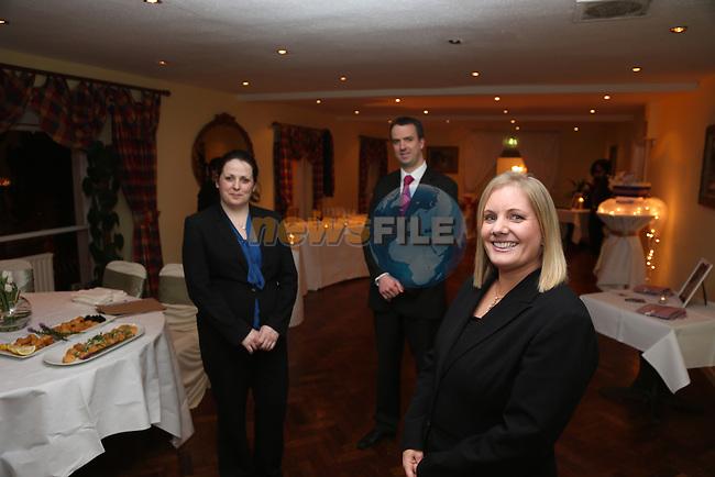 Rita Salmon, Karen McGovern and Aogan Dunne.Boyne Valley Hotel wedding night..Picture: Fran Caffrey / www.newsfile.ie ..
