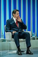 RIO DE JANEIRO, RJ, 04.10.2018 - ELEIÇÕES-2018 - Fernando Haddad (PT) candidato à Presidência da República durante debate eleitoral promovido pela Rede Globo, em estúdio da emissora na zona oeste da cidade do Rio de Janeiro nesta quinta-feira, 04.(Foto: Jayson Braga / Brazil Photo Press )