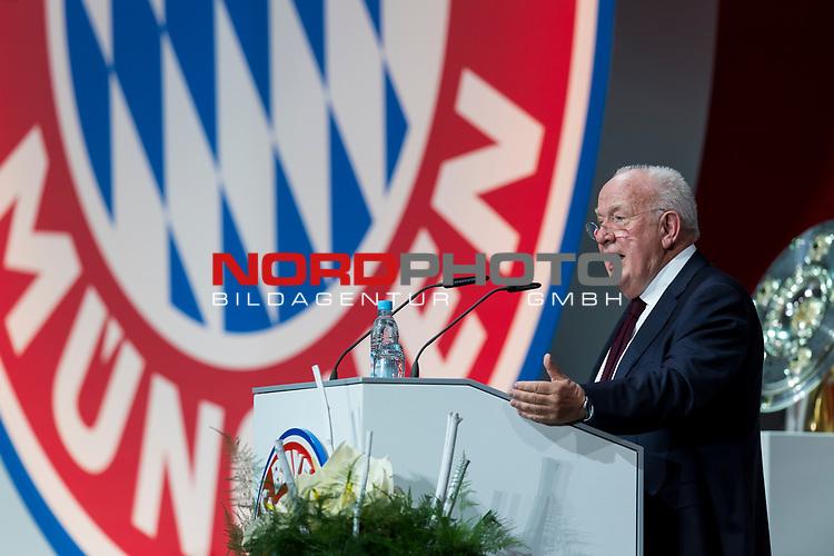 30.11.2018, Audi Dome, Muenchen, GER, FC Bayern Jahreshauptversammlung 2018, im Bild Walter Mennekes (Vizepraesident FCB) <br /> <br /> Foto © nordphoto / Straubmeier