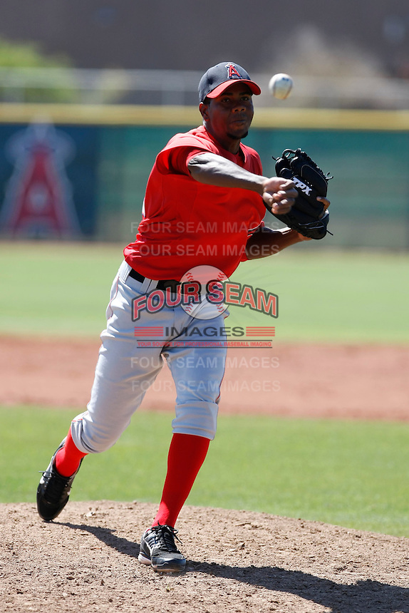 Vladimir Veras - Los Angeles Angels - 2009 spring training.Photo by:  Bill Mitchell/Four Seam Images