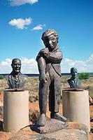 Little Giant: AFRIKA, SUEDAFRIKA,  NORTHERN CAPE, ORANIA, 16.01.2014: Little Giant, ein Junge rollt die Aermel hoch, Motiv und ein Symbol der Eigenstaendigkeit der Stadt Orania in der Karroo. Orania eine Gemeinschaft weisser Suedafrikaner die sich weigern ein Teil der multietnischen Rainbow Nation zu werden. In der Halbwüste der Karoo streben sie nach einer eigenen burischen Kulturheimat.