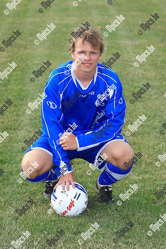 2010-06-21 / Voetbal / seizoen 2010-2011 / FC Sint-Jozef SK / Glen Van de Mierop..Foto: mpics