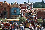 COLORFUL CARTOON HOUSES ON STREET IN TOONTOWN DISNEYLAND