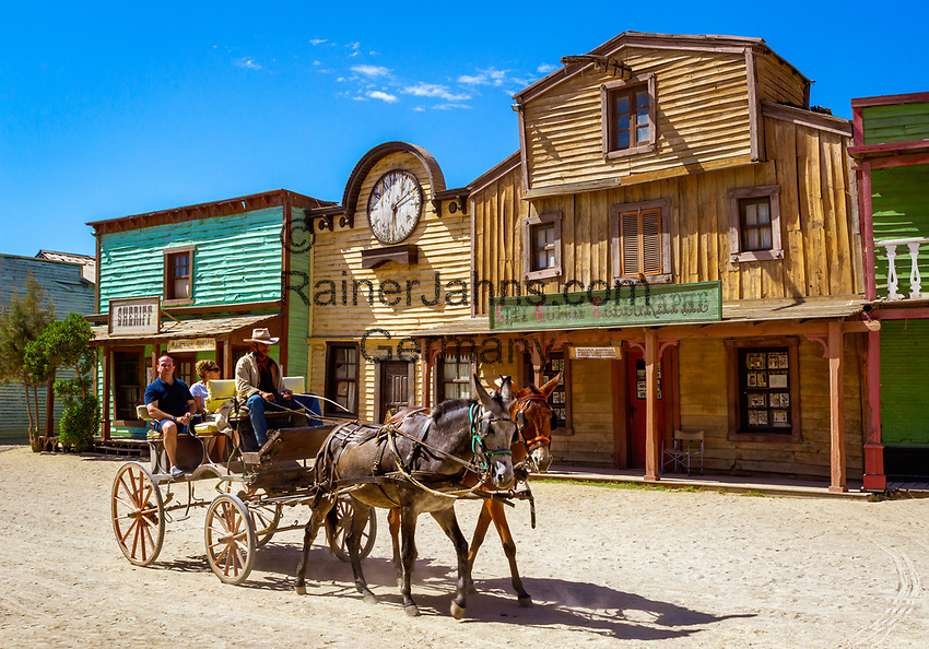 Spanien, Andalusien, Provinz Almería, Costa de Almería, bei Tabernas: Drehort fuer den Western 'Spiel mir das Lied vom Tod' | Spain, Andalusia, Province Almería, Costa de Almería, near Tabernas: Film set, used as location for the Western film Once Upon a time in the West