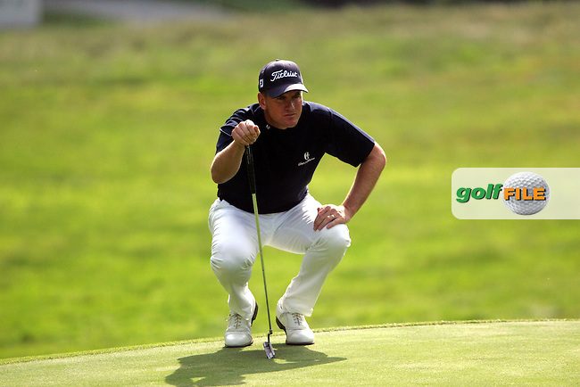 Robert Karlsson lines up a putt during his third round of the 2008 BMW PGA Championship at the Wentworth Club, Surrey, England - 24th May 2008 (Photo by Manus O'Reilly/GOLFFILE)