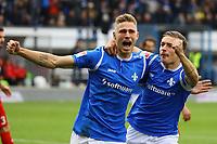 celebrate the goal, Torjubel zum 1:0 von Felix Platte (SV Darmstadt 98) mit Marvin Mehlem (SV Darmstadt 98) - 28.10.2017: SV Darmstadt 98 vs. Holstein Kiel, Stadion am Boellenfalltor, 2. Bundesliga