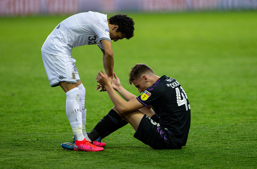 Leeds United's Ian Poveda helps Charlton Athletic's Alfie Doughty to his feet after the match<br /> <br /> Photographer Alex Dodd/CameraSport<br /> <br /> The EFL Sky Bet Championship - Leeds United v Charlton Athletic - Wednesday July 22nd 2020 - Elland Road - Leeds <br /> <br /> World Copyright © 2020 CameraSport. All rights reserved. 43 Linden Ave. Countesthorpe. Leicester. England. LE8 5PG - Tel: +44 (0) 116 277 4147 - admin@camerasport.com - www.camerasport.com