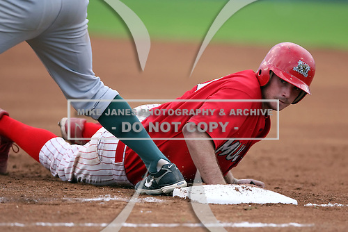 September 15 2008:  Catcher Charlie Cutler of the Batavia Muckdogs during the NYP Championship game at Dwyer Stadium in Batavia, NY.  Photo by:  Mike Janes/Four Seam Images