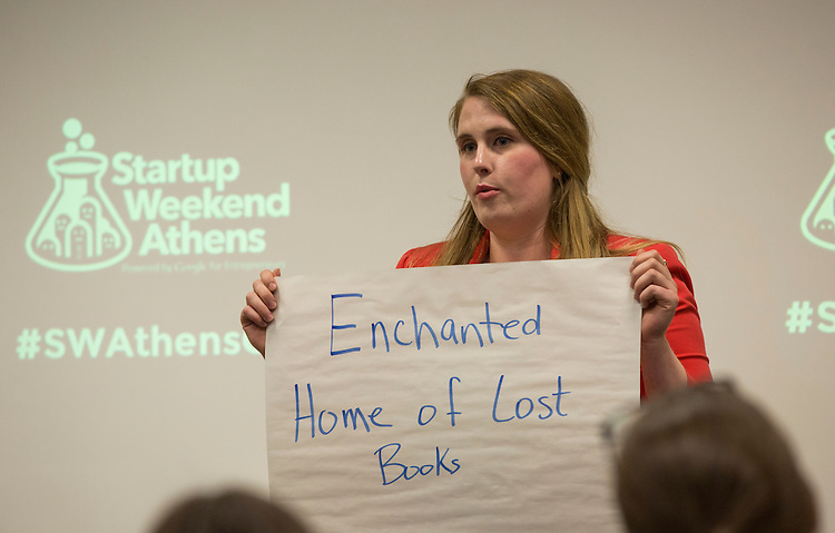 Ariel Taylor gives her pitch at Startup Weekend Athens at the Ohio University Innovation Center on March 18, 2016. Taylor came in second overall.