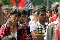 14 GIU 2008 Milano: manifestazione contro il razzismo, a favore dei nomadi ROM