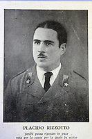 Una foto di Placido Rizzotto realizzata dopo la sua presunta morte, esposta nella sede della Camera del Lavoro di Corleone dedicata a lui.