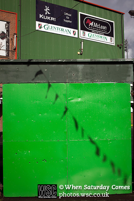 Glentoran 2 Cliftonville 1, 22/10/2016. The Oval, NIFL Premiership. An entrance gate to The Oval, Belfast, pictured before Glentoran hosted city-rivals Cliftonville in an NIFL Premiership match. Glentoran, formed in 1892, have been based at The Oval since their formation and are historically one of Northern Ireland's 'big two' football clubs. They had an unprecendentally bad start to the 2016-17 league campaign, but came from behind to win this fixture 2-1, watched by a crowd of 1872. Photo by Colin McPherson.