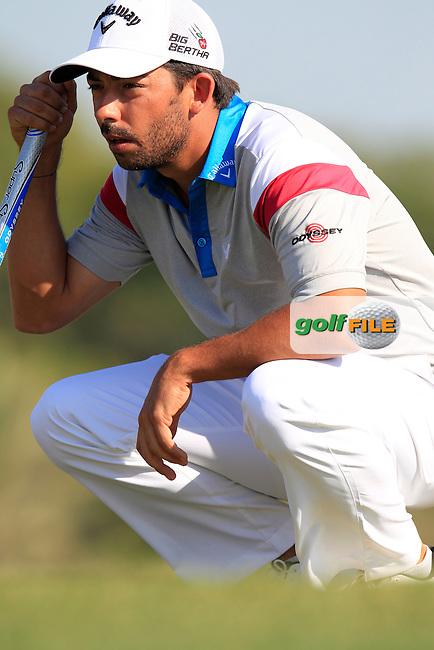 Pablo LARRAZABAL (ESP) on the 10th green during Thursday's Round 2 of the 2015 Commercial Bank Qatar Masters held at Doha Golf Club, Doha, Qatar.: Picture Eoin Clarke, www.golffile.ie: 1/22/2015