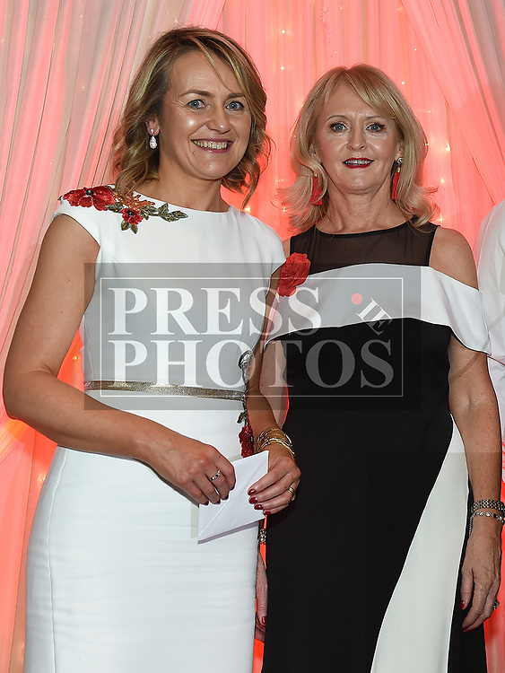 Mariea Huston presents the best dressed lady award to Paula McDonnell at the Drogheda Independent Sports Star Awards in the Westcourt Hotel.  Photo:Colin Bell/pressphotos.ie