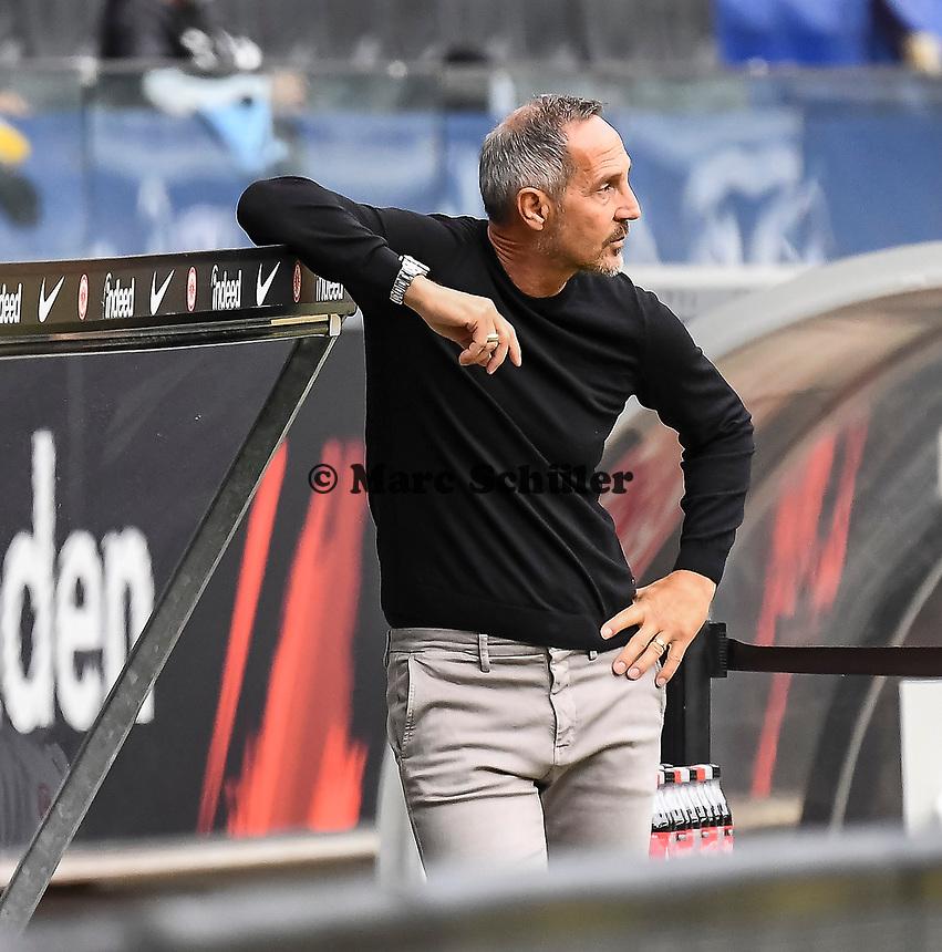 Trainer Adi Hütter (Eintracht Frankfurt) im Innenraum der Commerzbank Arena - 16.05.2020, Fussball 1.Bundesliga, 26.Spieltag, Eintracht Frankfurt  - Borussia Moenchengladbach emspor, v.l. Stadionansicht / Ansicht / Arena / Stadion / Innenraum / Innen / Innenansicht / Videowall<br /> <br /> <br /> Foto: Jan Huebner/Pool VIA Marc Schüler/Sportpics.de<br /> <br /> Nur für journalistische Zwecke. Only for editorial use. (DFL/DFB REGULATIONS PROHIBIT ANY USE OF PHOTOGRAPHS as IMAGE SEQUENCES and/or QUASI-VIDEO)
