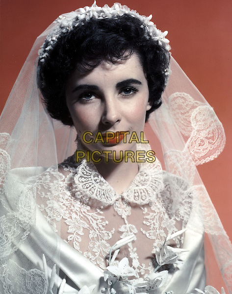 ELIZABETH TAYLOR.in Father of the Bride (1950).*Filmstill - Editorial Use Only*.CAP/STF/PEL.Supplied by Capital Pictures.