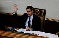 """-FOTODELDIA- LEO01. CARACAS (VENEZUELA), 29/01/2019. El presidente de la Asamblea Nacional, Juan Guaidó (c), participa este martes durante una sesión de la Asamblea Nacional en el Palacio Federal Legislativo en Caracas (Venezuela). El Parlamento, de mayoría opositora, debate un proyecto de Ley para un eventual Gobierno de transición, un acuerdo para el """"rescate"""" del país y sobre elecciones """"libres"""". EFE/ Leonardo Muñoz"""