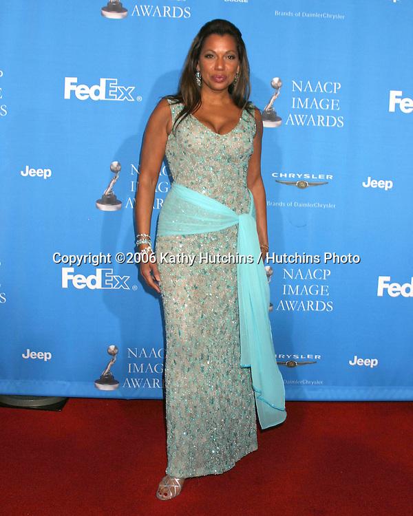 Rolanda Watts.37th NAACP Image Awards.Shrine Auditorium.Los Angeles, CA.February 25, 2006.©2006 Kathy Hutchins / Hutchins Photo....                 V