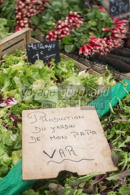 Europe/France/Provence-Alpes-Côte d'Azur/Alpes-Maritimes/Cannes: Marché Forville:  détail étal //  //    Europe, France, Provence-Alpes-Côte d'Azur, Alpes-Maritimes, Cannes:  Forville market , stall detail