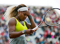 France, Paris, 28.05.2014. Tennis, French Open, Roland Garros, Serina Williams (USA is frustrated in her match against Garbine Muguruza (ESP)<br /> Photo:Tennisimages/Henk Koster